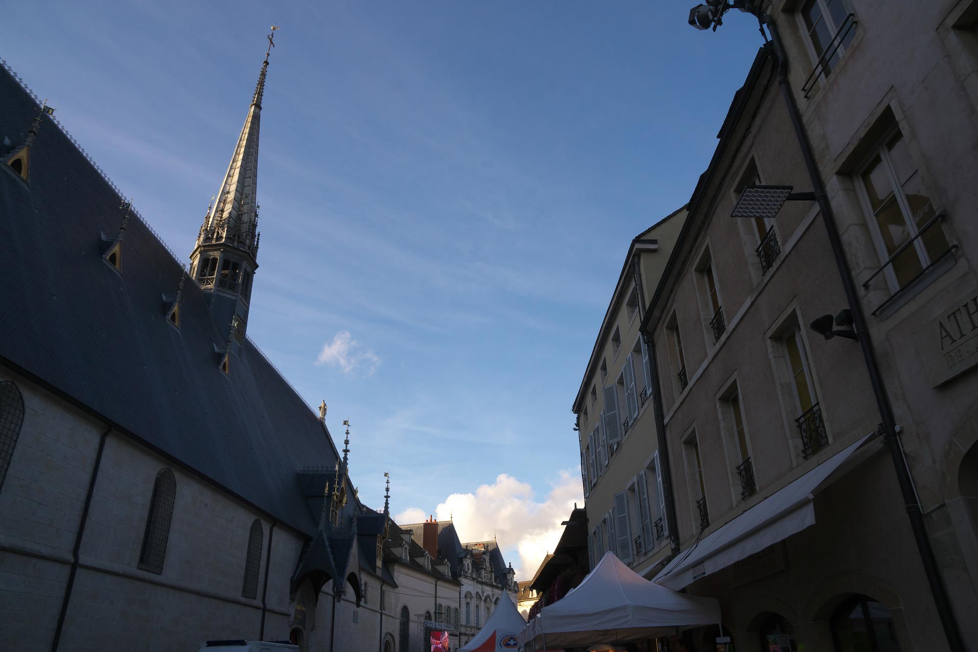 栄光の3日間」と呼ばれ、フランスで最も有名なワイン祭り!