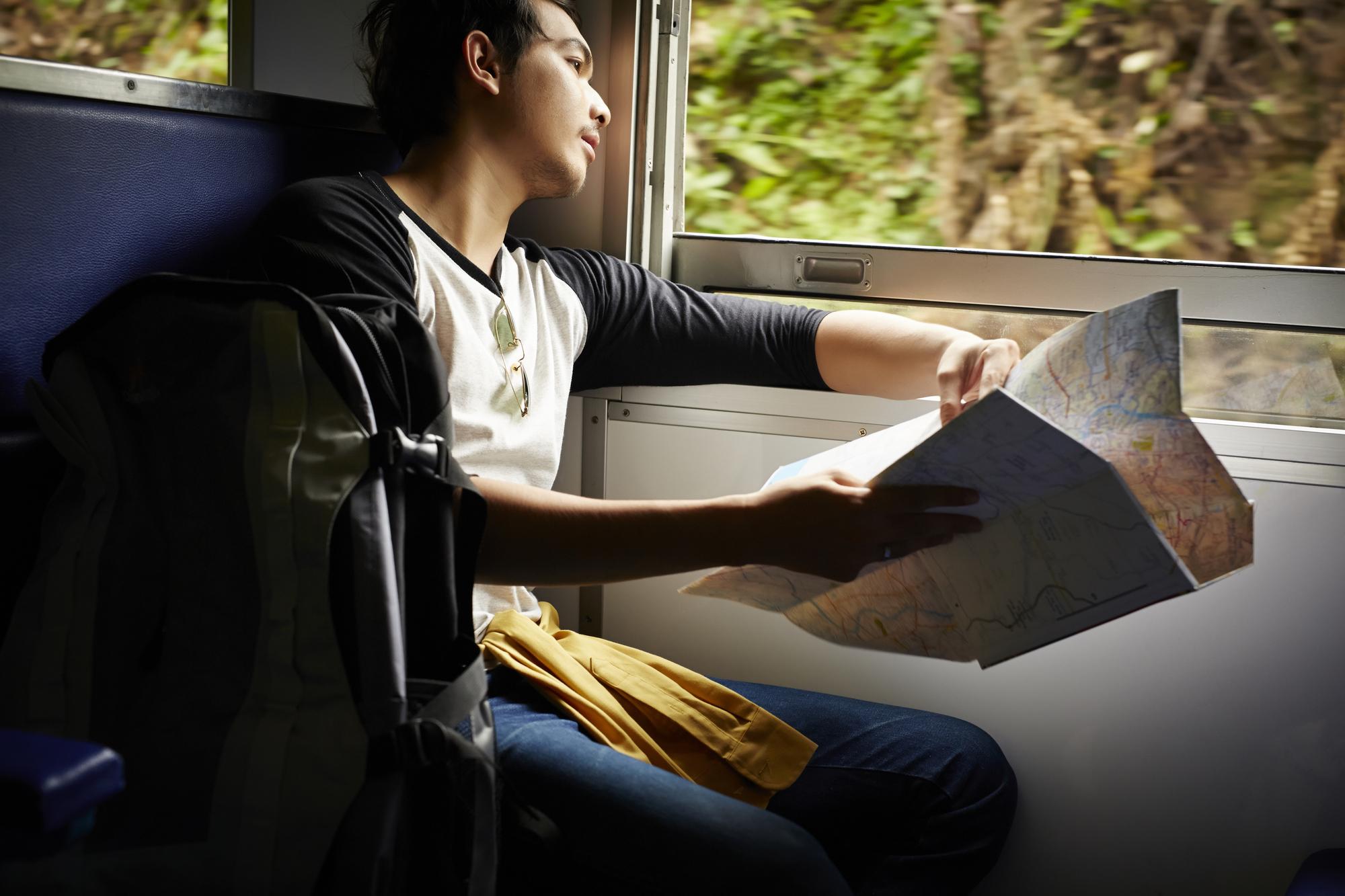 乗車中、目的地までは気を抜かないで!電車内で使える英会話フレーズ